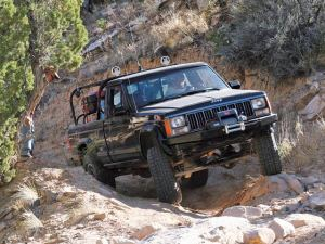 jeep comanche pictures